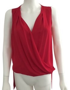 BCBGMAXAZRIA Top Cherry Red