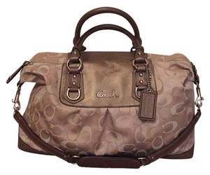 Coach Satchel in Creme/Light Brown