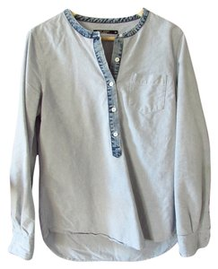 Max Studio Long Sleeved Button Down Shirt Chambray