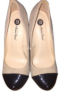 Michael Antonio Nude Pumps