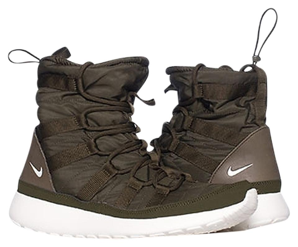 11565645ec0a Nike Roshe Run Sneakerboot Hi Sherpa Cushioned All Weather Boots Sneaker  Boots Olive Green Athletic Image ...