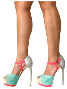 Boutique 9 Salmon turqouise gray Platforms
