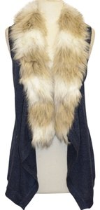 Skies Are Blue Fur Faux Fur Trim Vest