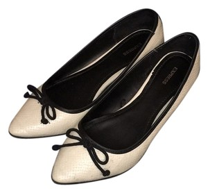 Express Beige and black Flats