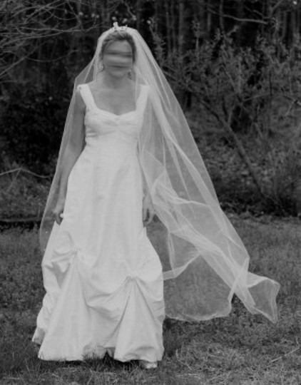 White Silk Jane Wilson Marquis Collection Traditional Wedding Dress Size 8 (M)