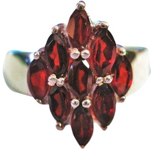 Other 3.80ctw Garnets Set in.925 Sterling Silver Cocktail Ring Size 7