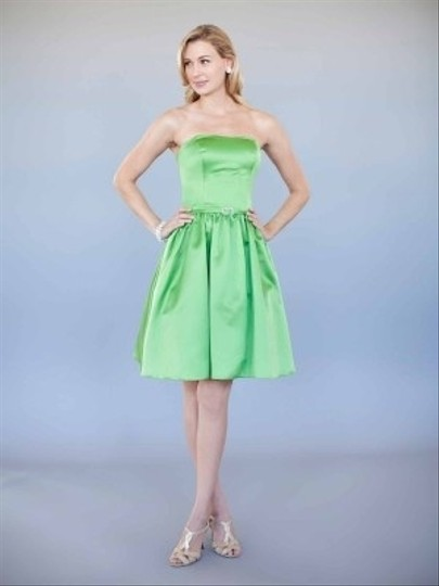 Green Satin Style 5010 Formal Bridesmaid/Mob Dress Size 8 (M)
