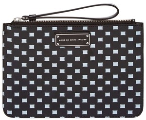 Marc by Marc Jacobs Mbmj Wristlet in Black and White