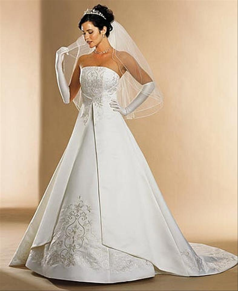 David 39 s bridal st tropez wedding dress tradesy for Best way to sell used wedding dress