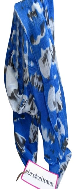 Item - Blue Ikat Scarf/Wrap