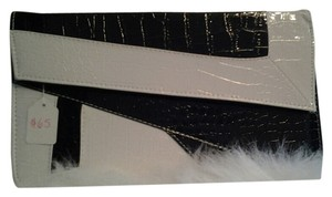 Fashionette Style Boutique Black & White Clutch