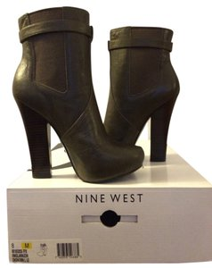 Nine West Leather Dark Green Boots