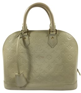 Louis Vuitton Satchel in Blanc Corail