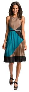 Vince Camuto Pleated Color-blocking Midi Dress