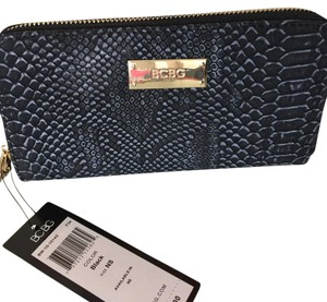 BCBG Paris BLack Reptile Black Clutch