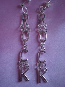 Bead Design New 'ROCK' dangle