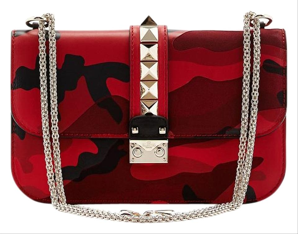 d8f4ca3bc0 Valentino Rockstud Garavani Vitello Medium Glam Lock Camo Red Leather Cross  Body Bag