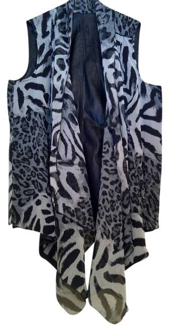 Chico's Reversible Vest Top black & white