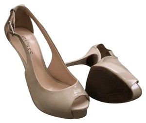 Guess By Marciano pumps Nude Pumps