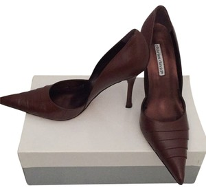 Charles David Brown Pumps