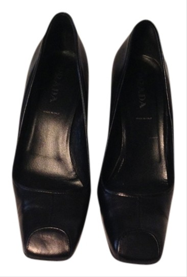 Prada Comfortable Made In Italy Black Leather Pumps