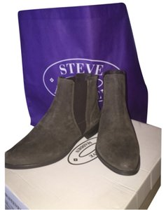 Steve Madden Taupe SDE Boots