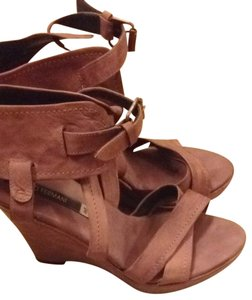 Alberto Fermani pink, sand, taupe Wedges