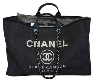 Chanel Tote in Dark Blue