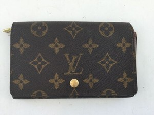 Louis Vuitton Louis Vuitton Monogram Canvas Zippy Wallet
