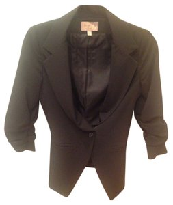 Elizabeth and James Chic Simple Classic Button Black Blazer