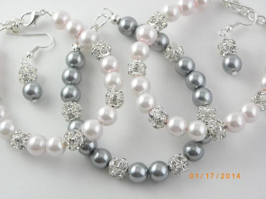 Grey Pink Sale Of 6 Bracelet and Earrings Bridesmaid Pearl Bridesmaid Bracelet Pearl Bracelet Jewelry Set
