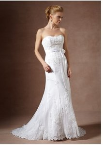 DaVinci Bridal White Lace Formal Wedding Dress Size 8 (M)