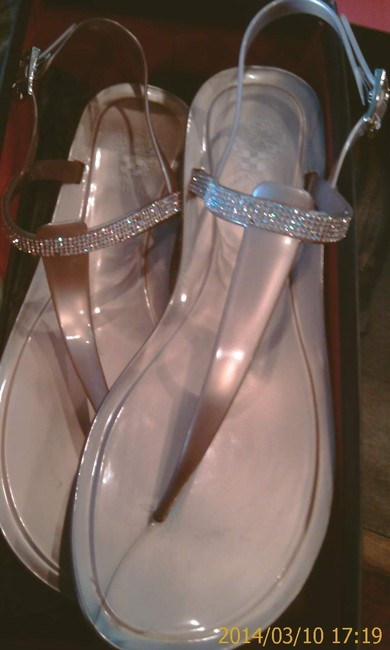 Item - Rose Gold Strappy Sexy Summer Sparkly Fun Sandals Size US 10