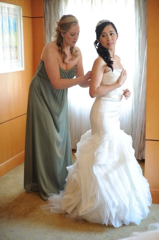 Vera wang ethel wedding dress tradesy for Best way to sell used wedding dress