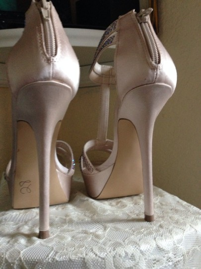 Steve Madden Blush / Champagne Formal