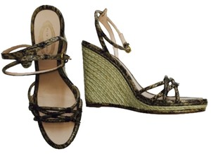 Elie Tahari Wedges