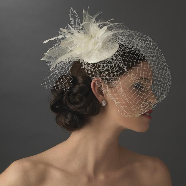 Item - Ivory Birdcage Hat with Feathers and Crystals Bridal Veil