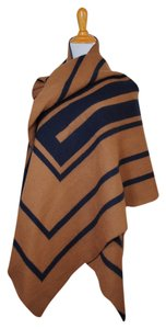 Vince Vince NEW Camel Tan Navy Wool Blanket Giant Large Big Scarf Wrap Poncho Fall NWT