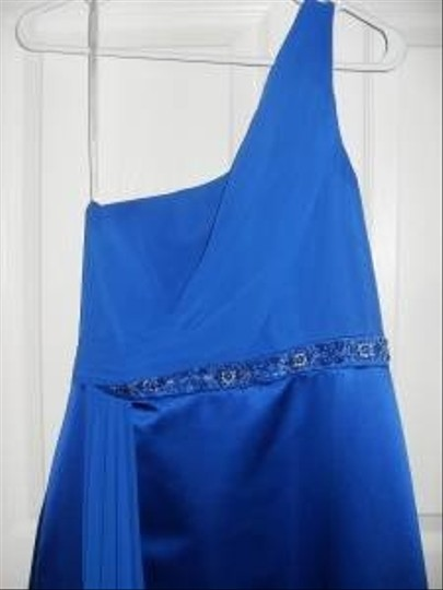 David's Bridal Blue F13271: One Shoulder with Beaded Waist Formal Bridesmaid/Mob Dress Size 8 (M)
