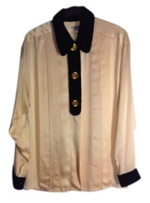 Preload https://img-static.tradesy.com/item/7889/chanel-cream-and-black-classic-silk-velvet-blouse-size-4-s-0-0-650-650.jpg