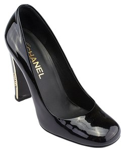 Chanel Ecarpins Patent Black Pumps