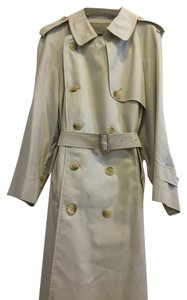 Burberry Proper Made In Japan Light Refined Neat Calm Clean Look Splendid For Size 4 And 6 Trench Coat