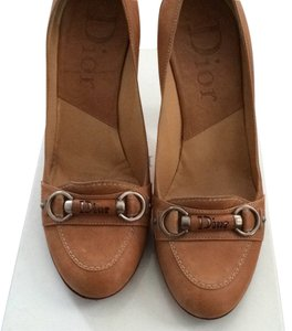 Dior Tan Pumps