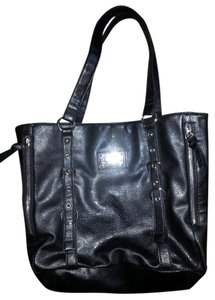 Kenneth Cole Classic Hobo Bag