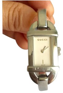 Gucci GUCCI - Stainless Steel / Silver - Bangle Bracelet Watch - Model 6800L - Petite Size
