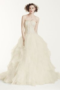 Oleg Cassini White Organza and Lace Strapless Ruffled Skirt Formal Wedding Dress Size 6 (S)