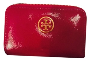 Tory Burch Tory Burch Cranberry Patent Leather Coin Key Chain