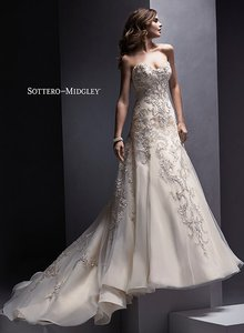 Maggie Sottero Zariah Wedding Dress