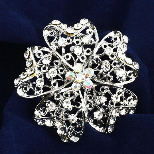 White Fashion Silver Alloy Flower Shape Brooch/Pin