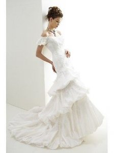 Jasmine Couture Bridal Brand New T139 Wedding Dress